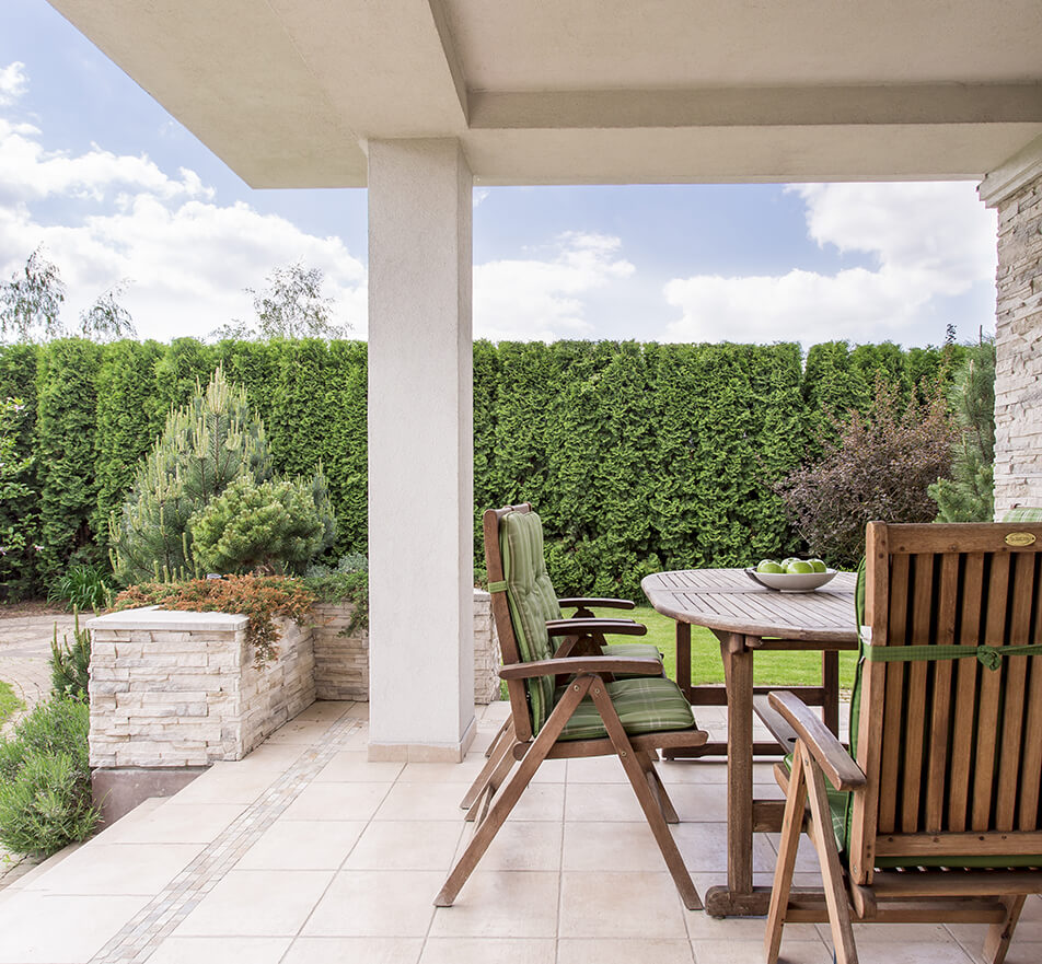 Maison moderne terrasse
